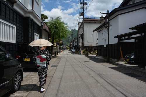 Wear Kimono and enjoy walking in the old town of Hida Furukawa