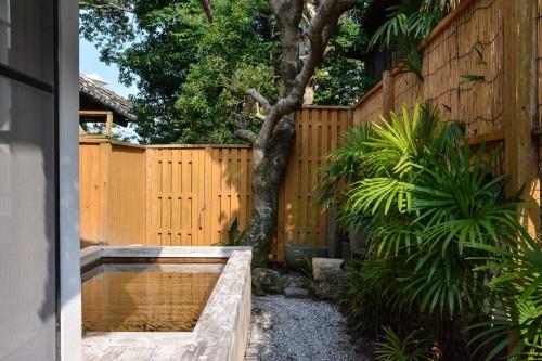 The outdoor bath of Karatsu Onsen Ryokan Wataya, Karatsu, Saga prefecture, Kyushu.