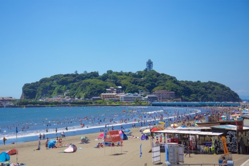 Enoshima beach is one of the closest beach from Tokyo.