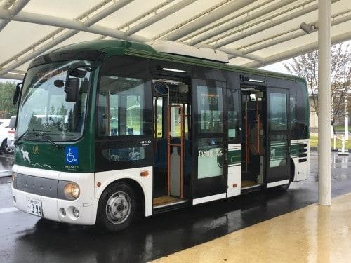 A shuttle bus to Karuizawa Prince Hotel