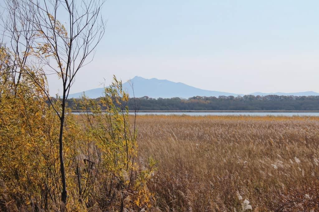 Autumn Surrounds Lake Tofutsu