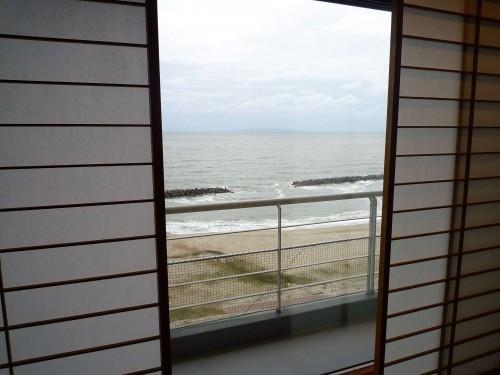 Ocean view from a room inside Taikanso ryokan in Senami Onsen (Murakami).