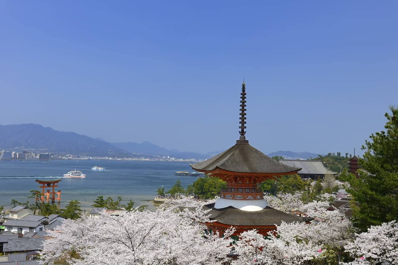 Experience Top 6 Luxurious Ryokans and Onsens in Setouchi Area