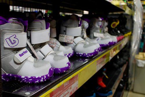 Victoria Ski Snowboard Shop Equipment Tokyo Resort Gear Kids Children Boots