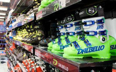 Victoria Ski Snowboard Shop Equipment Tokyo Resort Gear Boots