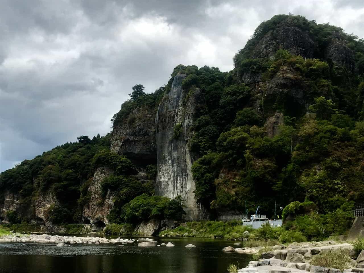 Discover Japan's famous scenic spot, Yabakei Gorge in Nakatsu