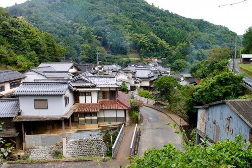 Walking around the Ontayaki Pottery Village in Oita, Kyushu, Japan.