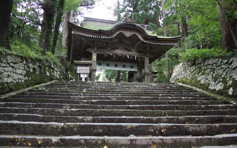 Mt. Daisen Temple and Ogamiyama Shrine, Hiking Heritage Tottori Prefecture Sanin Area
