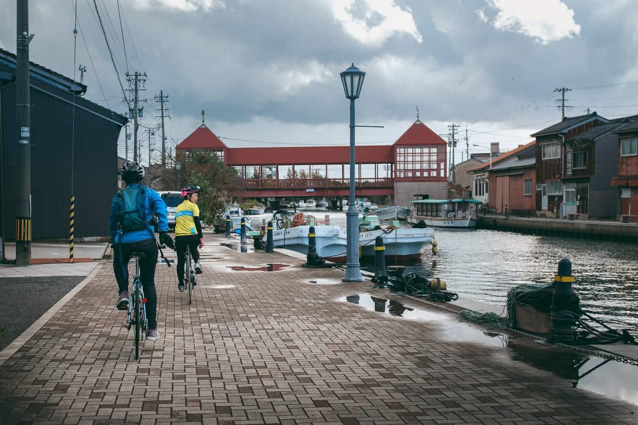Cycling Tour along beautiful Toyama Bay