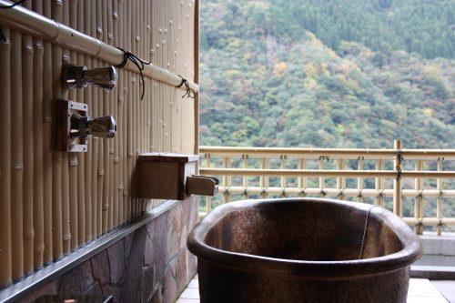 An onsen bath tub at Iya Onsen Hotel, Tokushima.