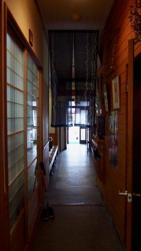 Uomatsu restaurant in Izumi specializes in Oyako Steak Gohan.