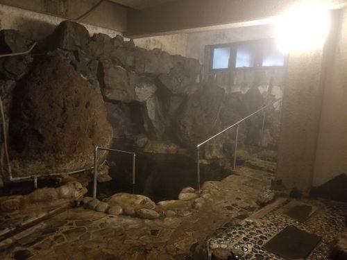 Cave style onsen at Yunohira Onsen, Oita, Kyushu.
