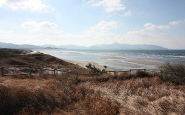 discover both the seaside and countryside in Minamisatsuma by bike, in Kyushu.