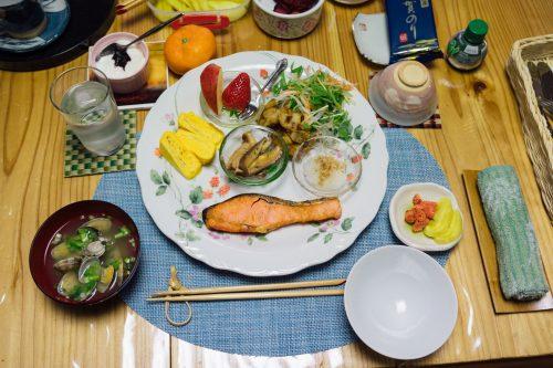 Breakfast at Nishinokubo.
