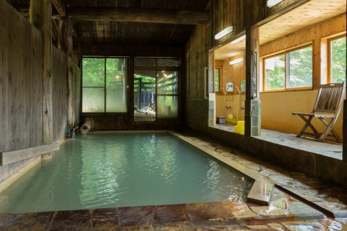 Milky healing waters of Nyuto Onsen
