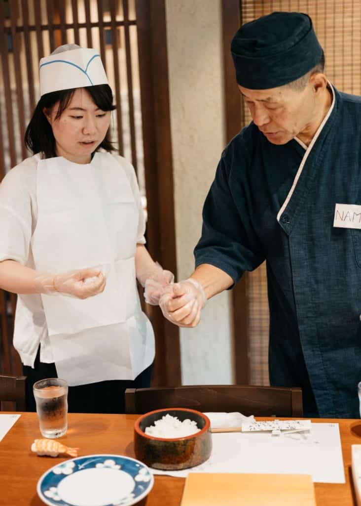 Sushi making experience at Kidoairaku