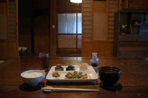 Dinner at Tomaryanse: Japanese meal cooked with local products
