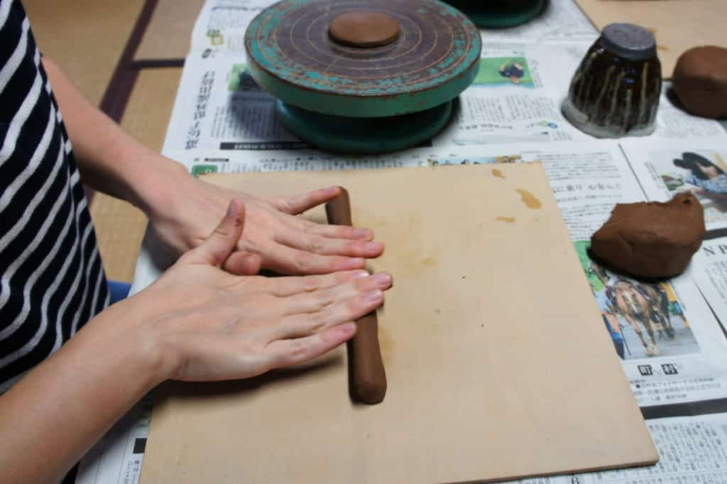 "Pottery class, 1st step: making a clay ""roll"""