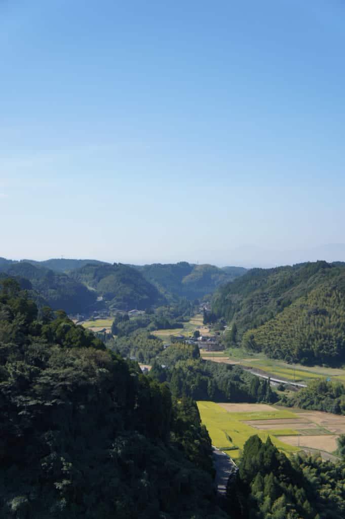 Ryumon dam in Kikuchi: valley side