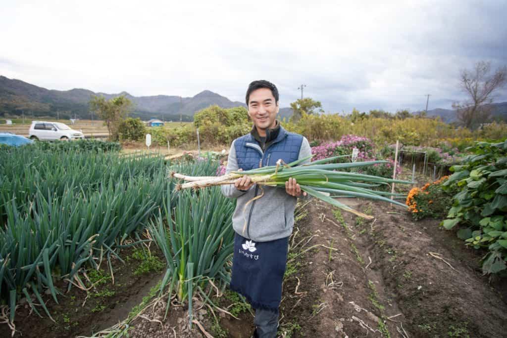 Breakfast harvesting in Murakami City.