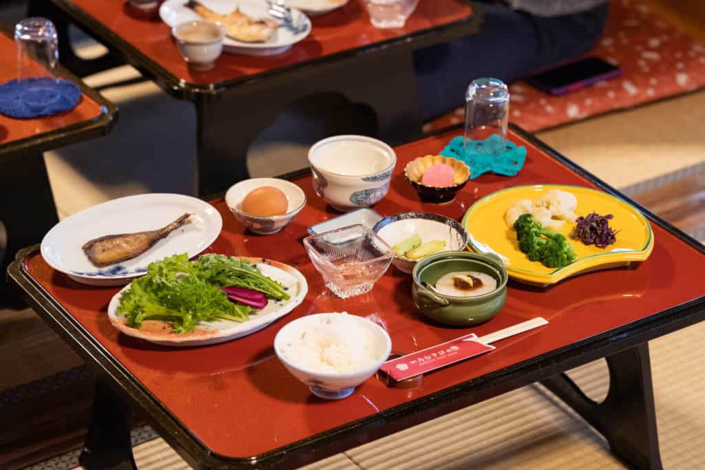 Breakfast at Iromusubi.