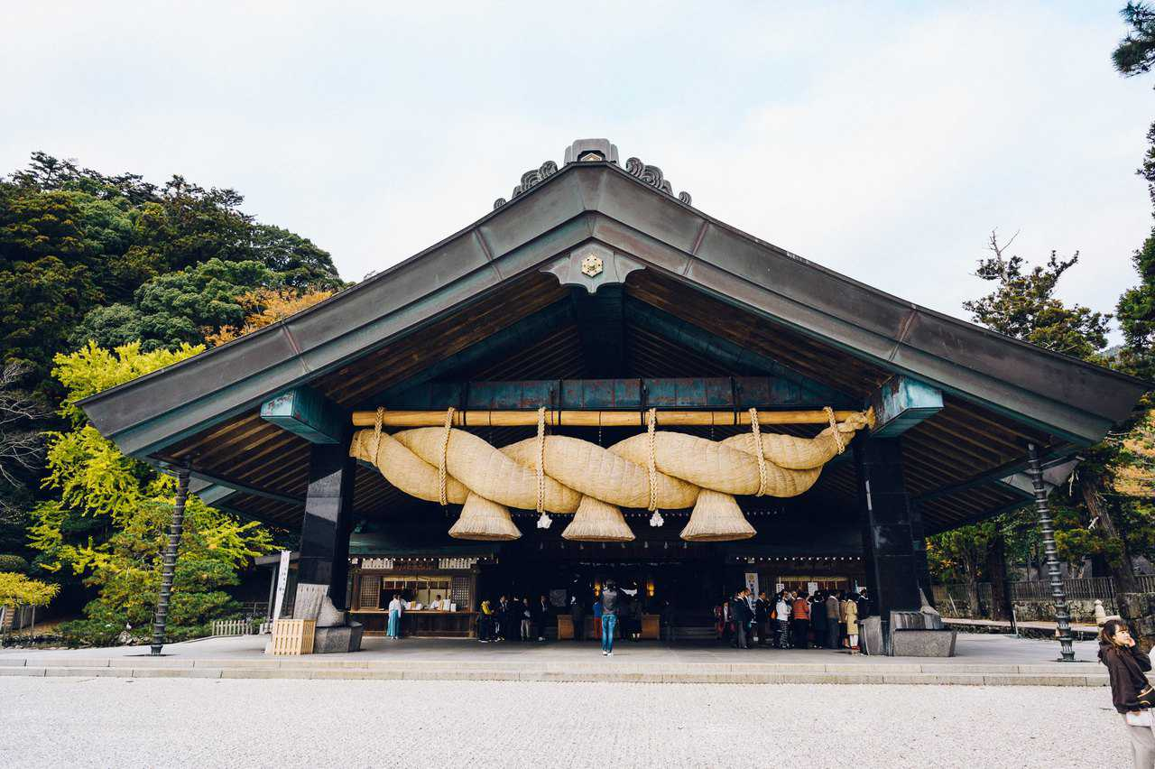 How To Get to Izumo Taisha Grand Shrine from Hiroshima On a Budget