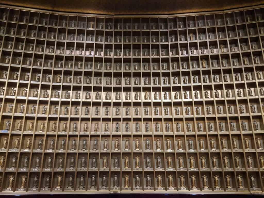 3000 Golden Buddhas inside Ushiki Daibutsu