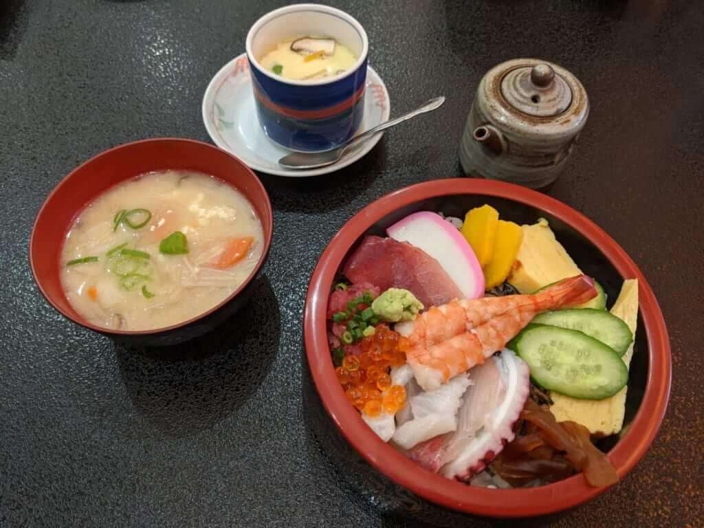 Sushi Bowl Lunch Set at Suehiro Sushi, Makabe, Ibaraki