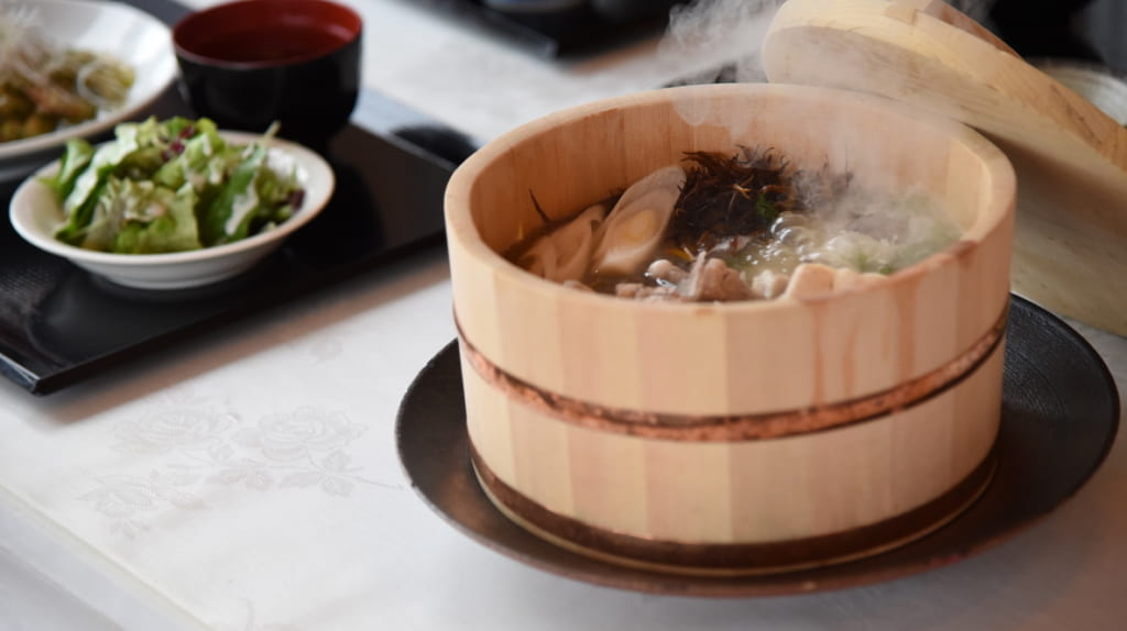 Steaming seafood nabe hot pot
