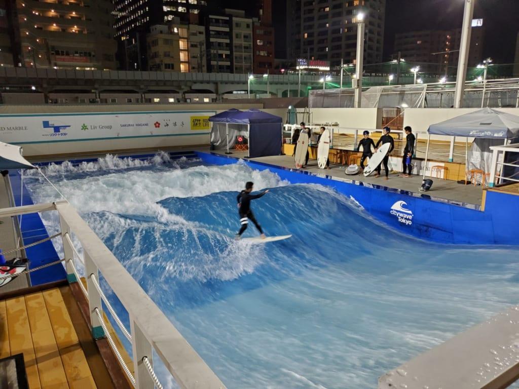 Surfing pool at Sporu in Tokyo