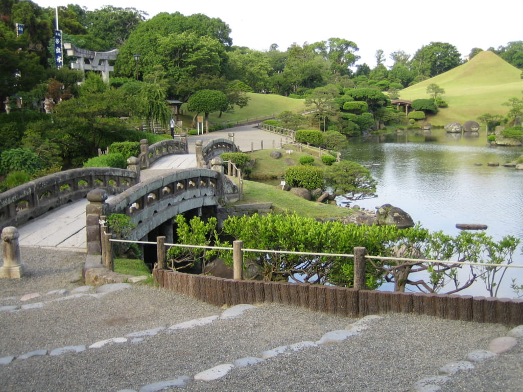 Pond and bridges at Suizenji Park in Kumamoto