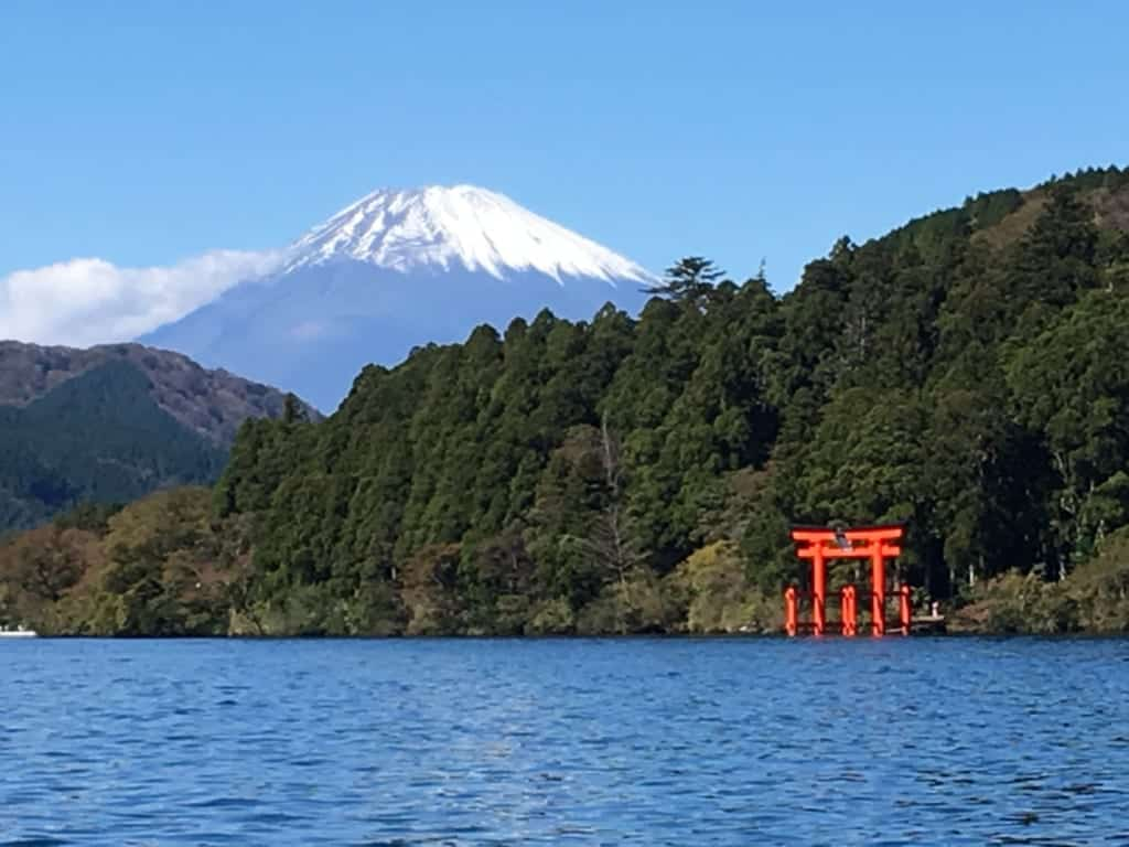 Views of Mt Fuji and Hakone Shrine