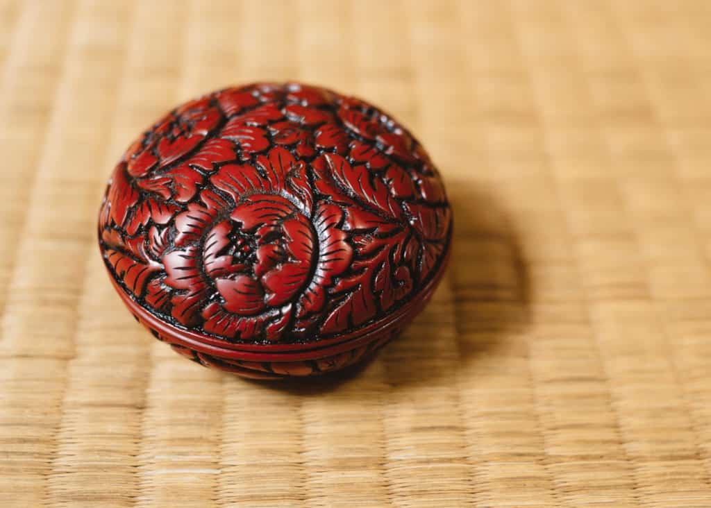 Murakami Kibori Tsuishu Incense Holder