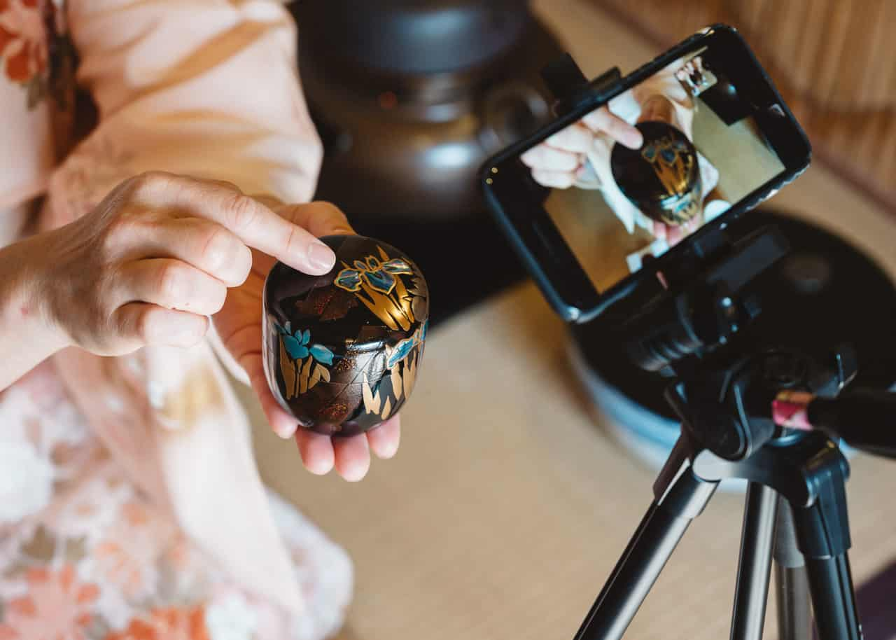 An Online Tea Ceremony Celebrating Japanese Craftsmanship