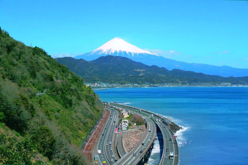 Modern Day Yui - satta toge pass along the Tokaido Road