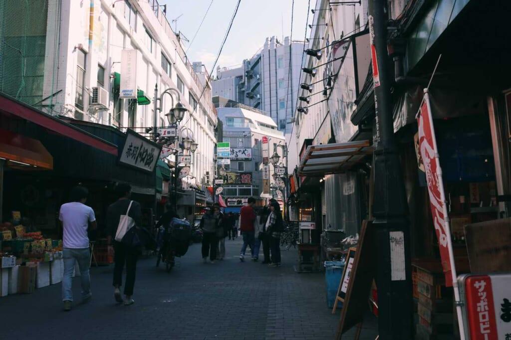 Streets full of life of Akabane