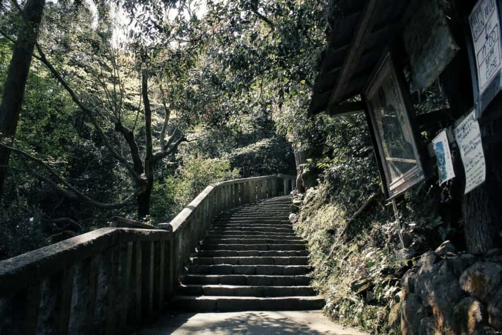 The stairs leading up to Daihikaku Senkoji near Arashiyama