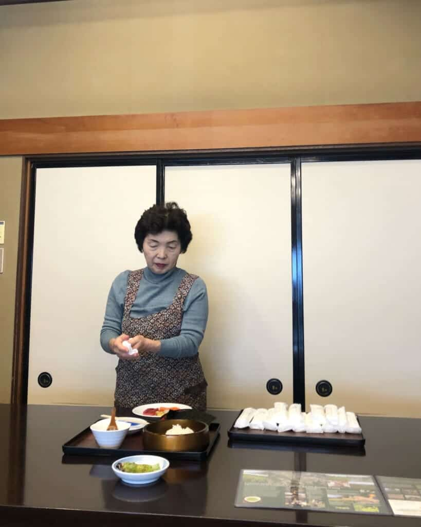 Yamazaki san showing us how to make Temaki sushi