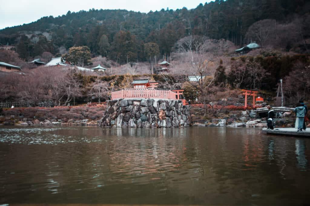 katsuo ji temple general view