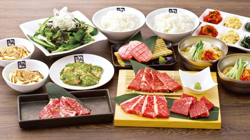 Many dishes that are served in a yakiniku restaurant