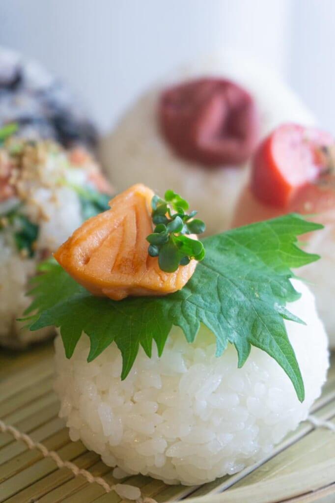 Round onigiri with salmon