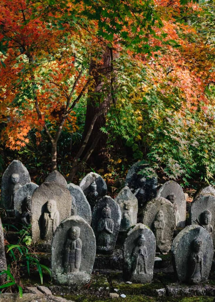 Japanese Tombs where many yurei might live around