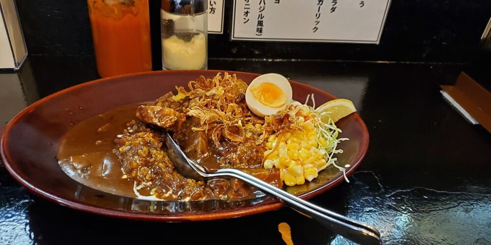 A Japanese curry in the restaurant kare wa nomimono in Tokyo