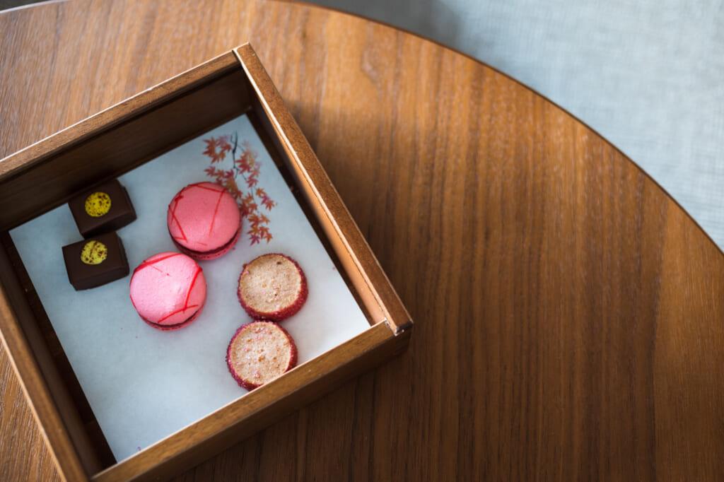macaroons in luxury beppu stay