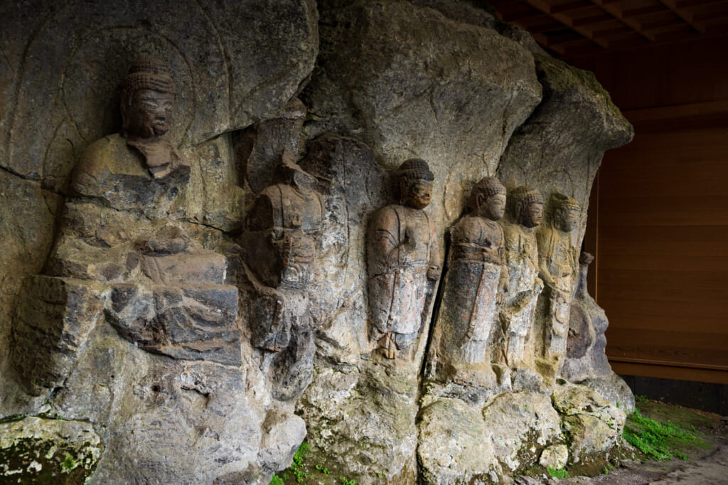buddhist statues in usuki kyushu