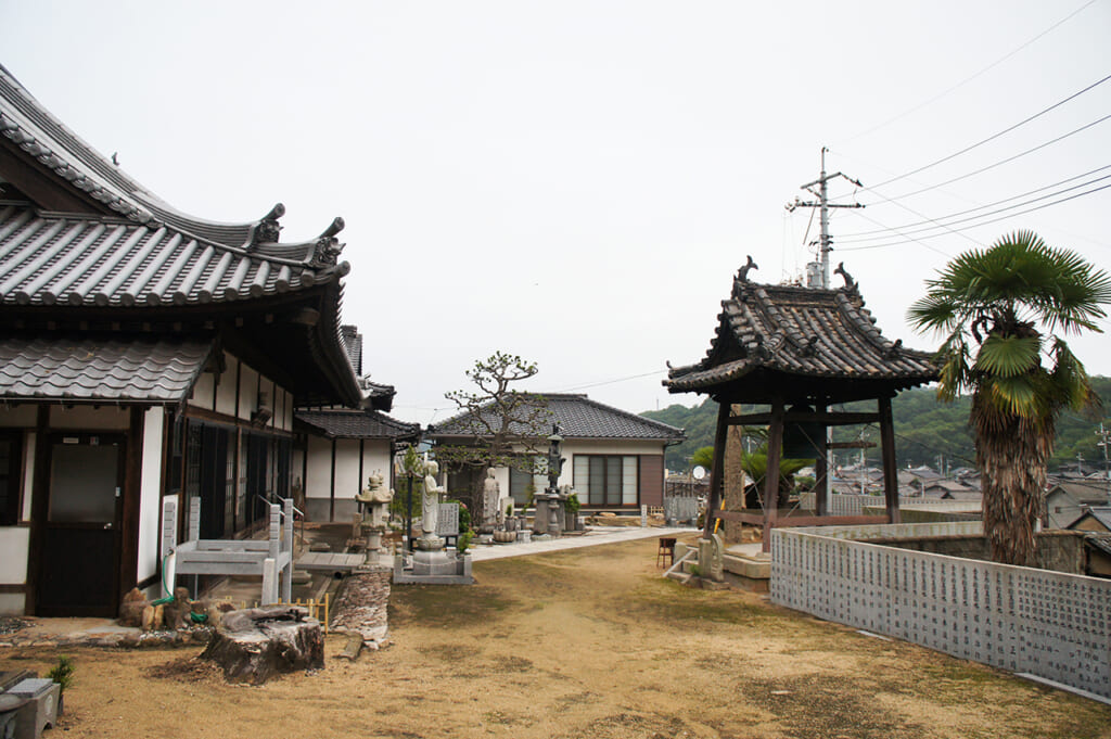 the entrance to a temple complex