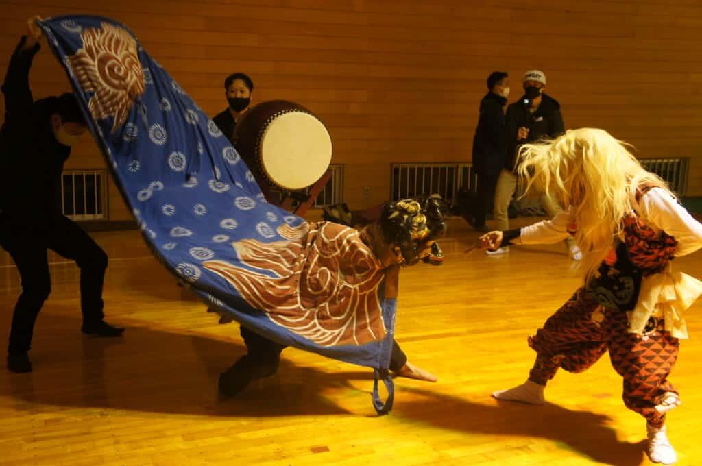 Sado Island traditional Japanese drumming and dancing demonstration