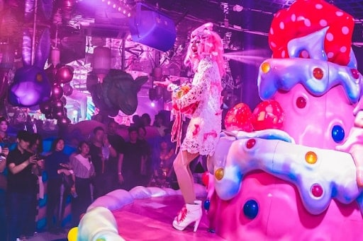 Kawaii Monster Cafe night show