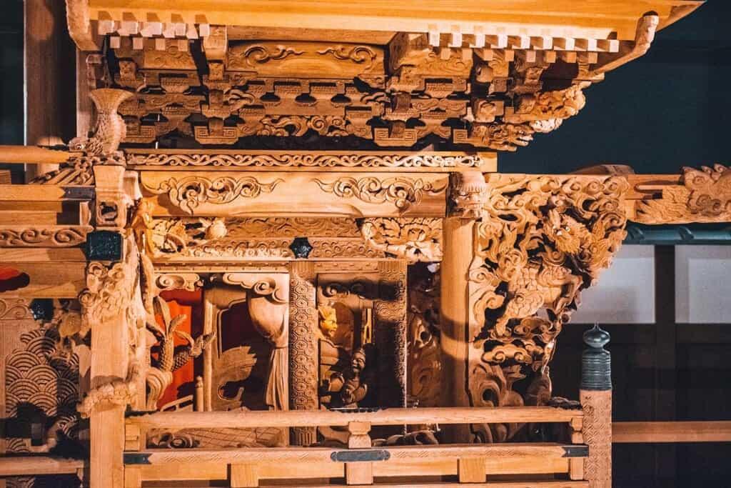 Japanese Wooden danjiri cart and carving details