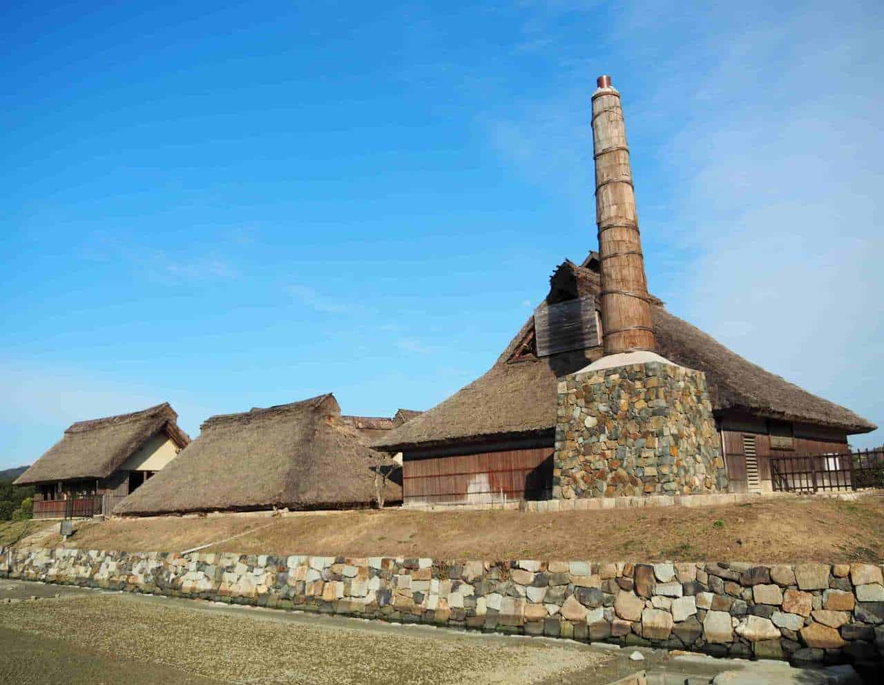 The History of Ako: 47 Ronin, Traditional Architecture, and the Art of Salt Making